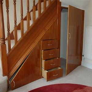 stair cupboard1